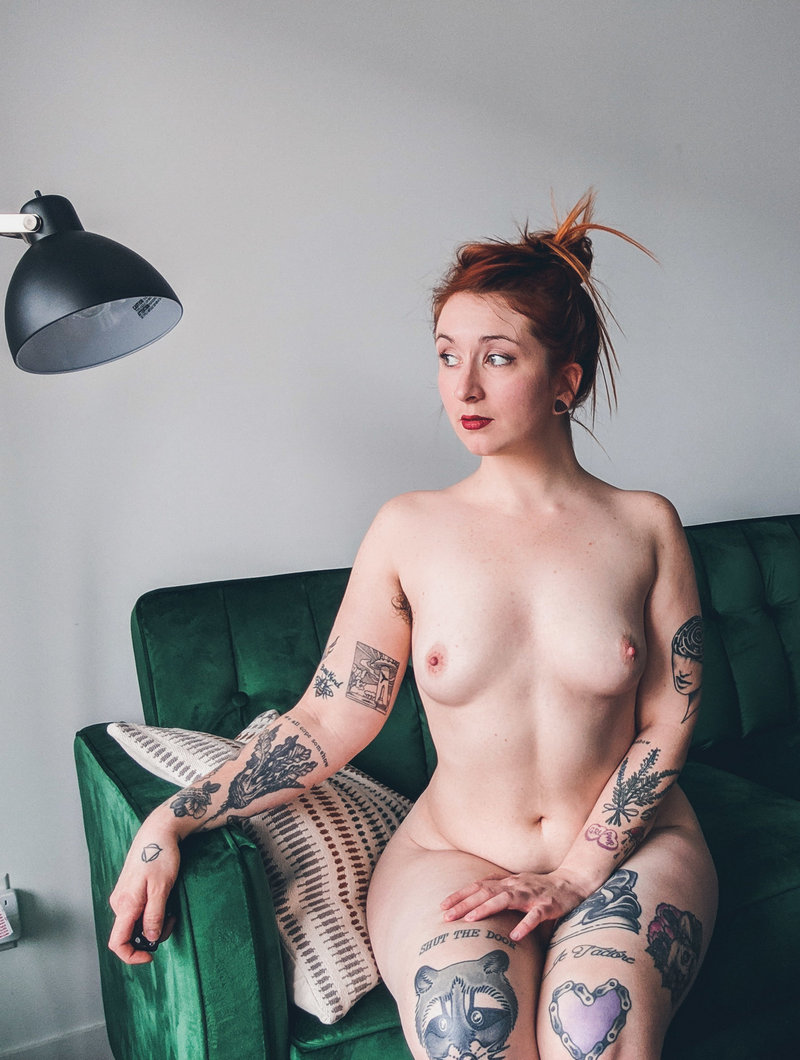 Camille Haring [OnlyFans.com] 2019/06/06 (tattoo girl, 131 Clips & 708 Photos)